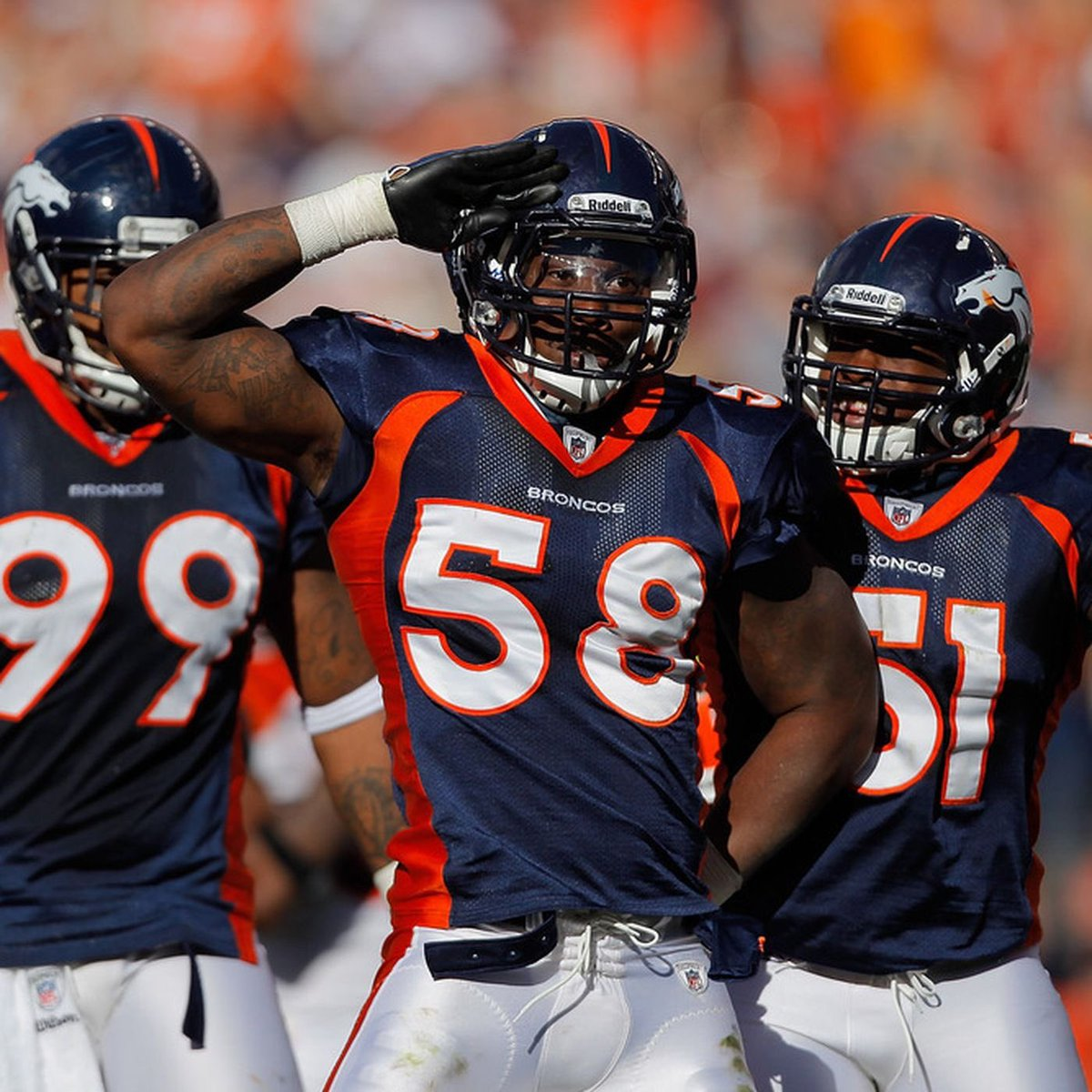 Denver , We bringing this back this year.. how many of you remember the mile high salute ? https://t.co/vtUGxNCujp