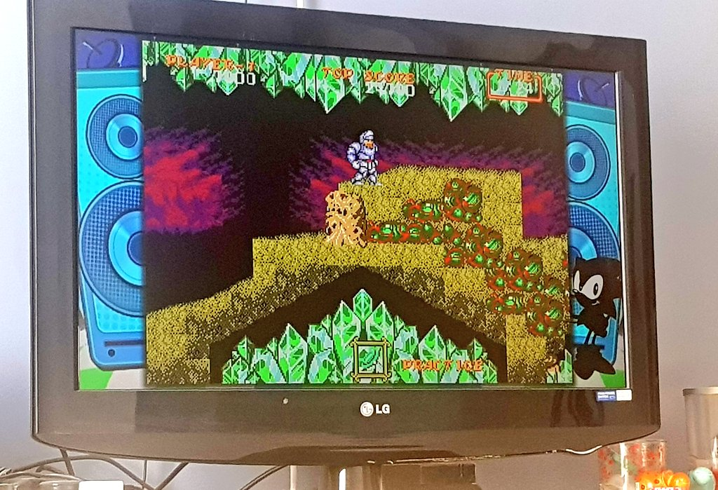 When did this game get so hard???! I don't think I sucked so badly at it when I was a kid!! 😩🙈 at least I got past level 2...that was driving me mad!! 😂 #ghoulsnghosts #sega #megadrivemini #sunday