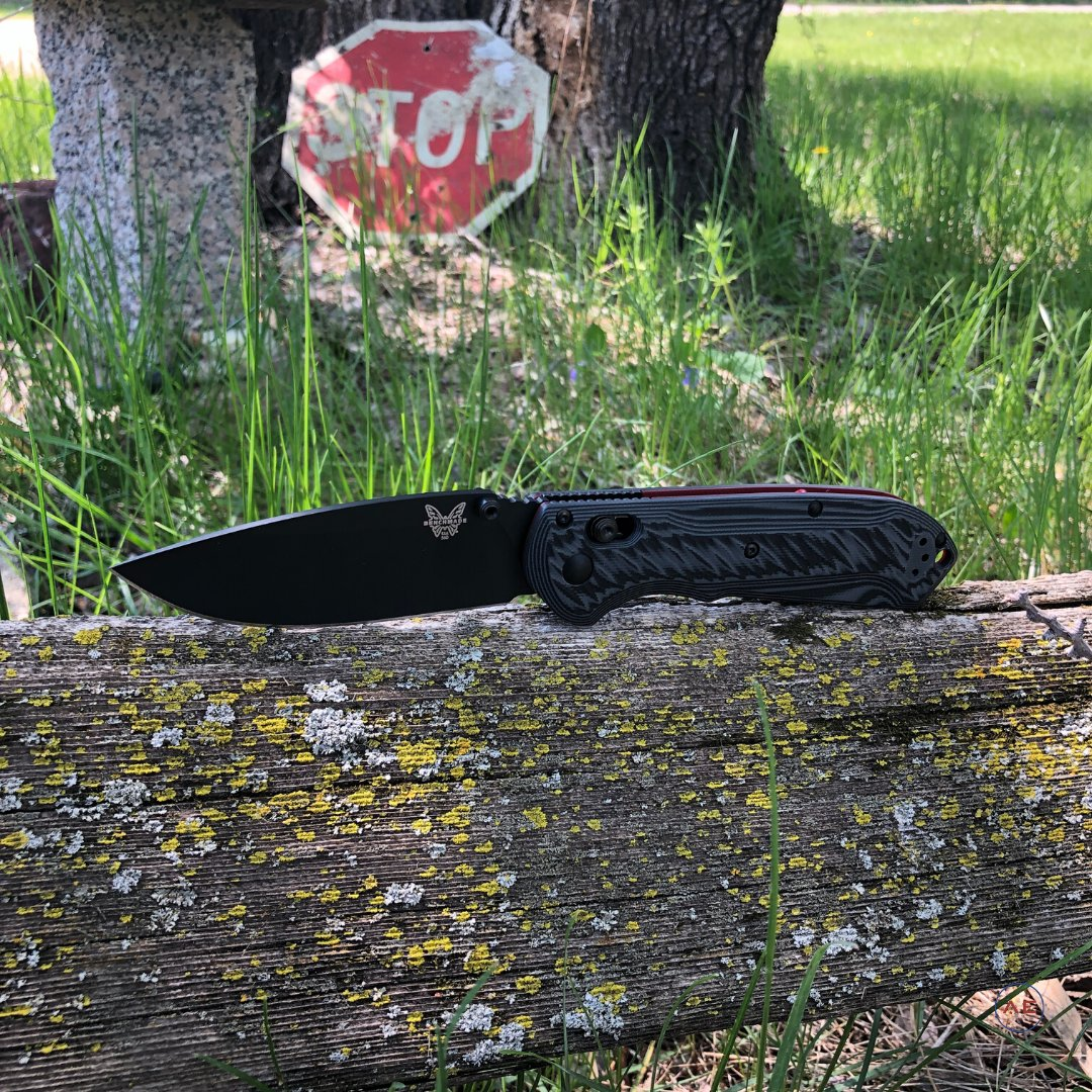 """Affectionately nicknamed the """"Super Freek"""" by many and we think that fits this Benchmade 560BK-1 perfectly. . . #AmericanEdgeKnives #BenchmadeKnives #Benchmade #BenchmadeSuperFreek #SuperFreek #AxisLock #EDCKnives #KnifeCommunity #KnifeLoverspic.twitter.com/AXVsXR4LLu"""
