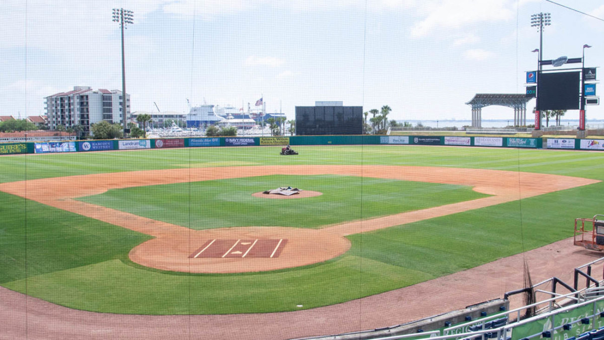 Pensacolas Minor League baseball team lists stadium on Airbnb for $1,500 a night. cmplx.co/5BZQI2k