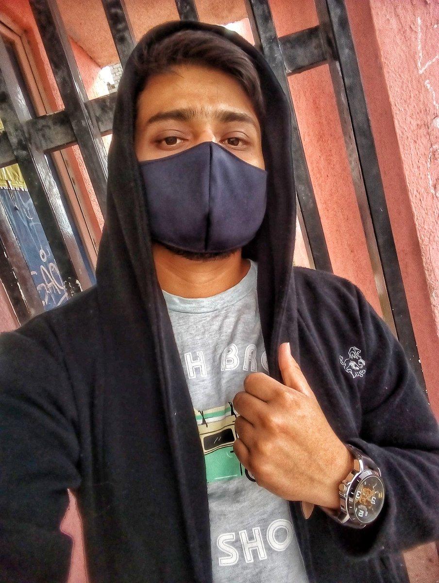 Hola Twitter!  . . . . #NewTwitter  #selfie #Quarantine #cuarentena #mexico #findesemana #pandemicstyle #citylife #mexicourbanopic.twitter.com/lrjyTT7RmL