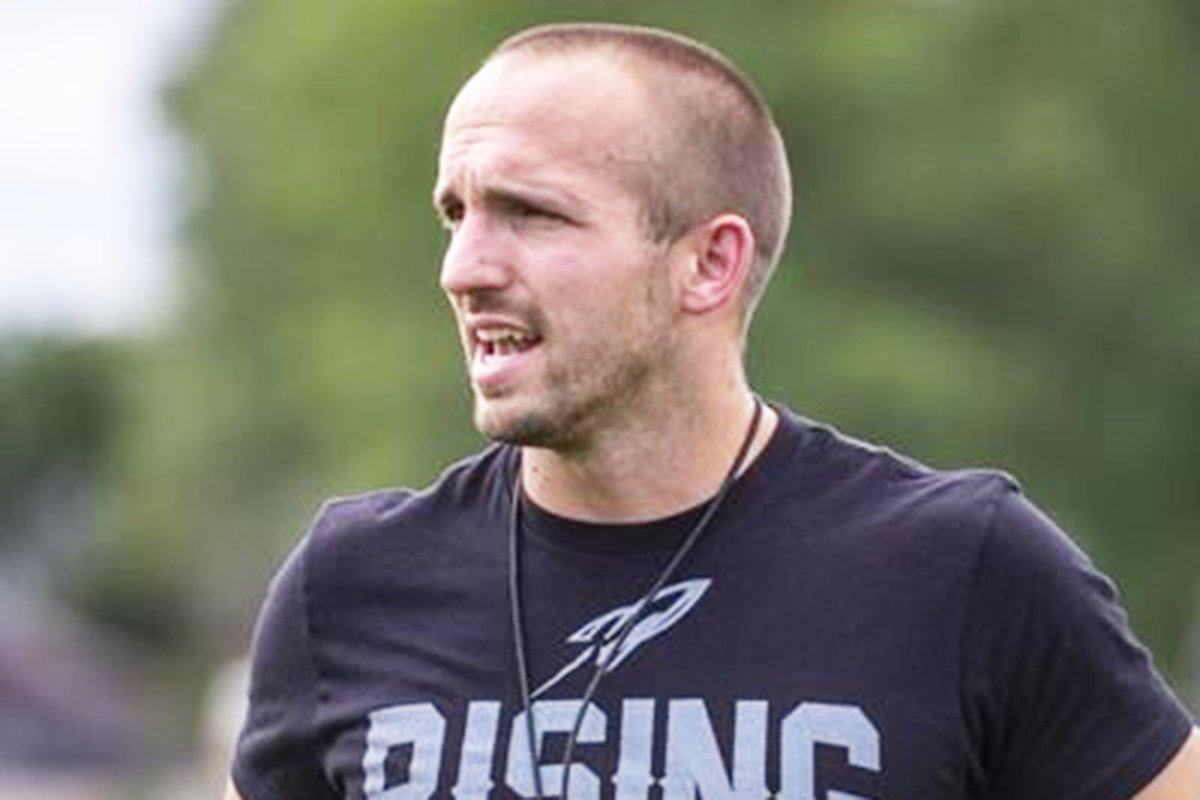 This week's Meet the Coach featured @lnehs HC @coach_d_martin who brings such a positive vibe to the football table. His team'll be better, especially with @JCollier_21 at QB. #nebpreps <br>http://pic.twitter.com/vjdab7r4Ow