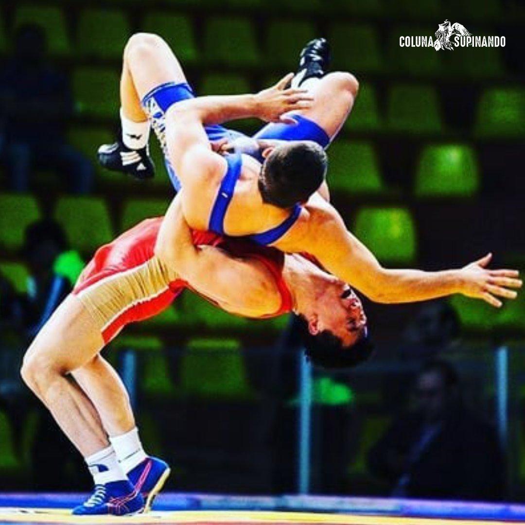 Ground trip • #wrestling #wwe #mma #prowrestling #bjj #colunasupinando #jiujitsu #boxing #nxt #grappling #muaythai #raw #aew #fitness #kickboxing #wrestler #smackdown ##martialarts #njpw #luchalibre #wwenetwork #brazilianjiujitsu #sport #indywrestling #fight #bhfyp pic.twitter.com/ByHLWfUA8w