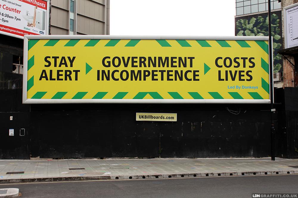 'Stay Alert…' #LedByDonkeys #Billboard #StreetArt in #Westminster #Londonpic.twitter.com/ouCUUC1JMd