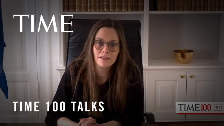 """.@katiecouric to Iceland's Prime Minister Katrín Jakobsdóttir at the #TIME100Talks: """"You are one of a number of world leaders... credited with really managing this crisis very effectively. It happens to be that you are all women. Is that a coincidence?"""" https://t.co/LM4Ld3DREE https://t.co/AnDqFgchyw"""