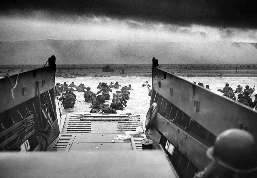 June 6 1944, D-Day. The most important day ever for the freedom of Europeans. Let us never forget how much we owe to the brave soldiers who lost their lives during #WW2