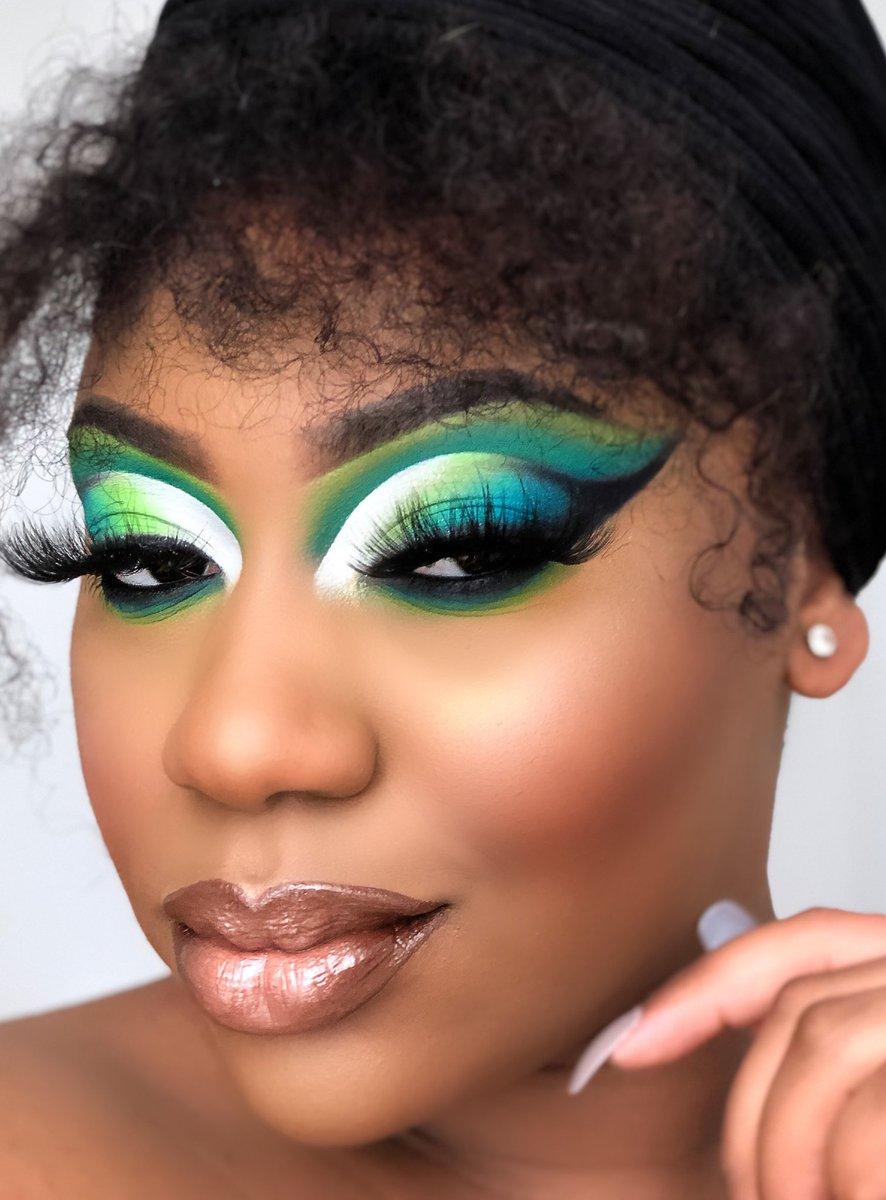 Look réalisé avec la palette Carnival XL Pro de @bperfectcosm x @staceymariemua #cutcrease #carnivalxlpro #mua #makeupaddict #makeuplover #makeuplooks #makeuppic.twitter.com/6T7GgLFSnF