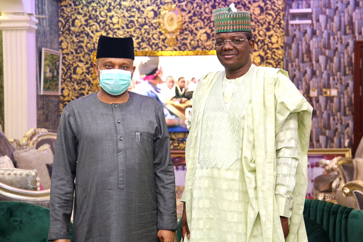 Following the flag-off, the HFC Sen. @BasheerGarbaMoh had a private meeting with the Executive Governor of Zamfara State, H.E Dr Bello Matawalle (@Bellomatawalle1) to discuss specific locations and models for our plan to build a 500-household resettlement for #IDPs in Zamfara. https://twitter.com/ncfrmi/status/1268871678064578560…pic.twitter.com/Vx5z2MRmoU