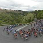 Image for the Tweet beginning: Místo Budapešti Palermo. Giro odstartuje