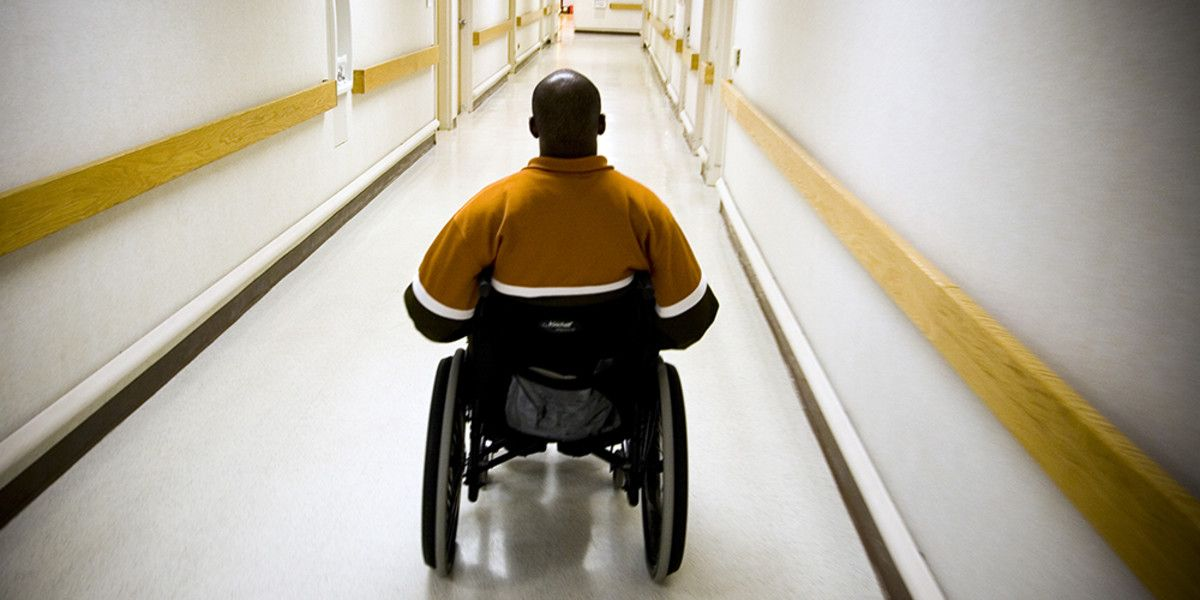 230,000 #veterans' #disability ratings stuck in limbo due to #COVID19 regards to their disability #compensation because #coronavirus #pandemic has delayed compensation and pension exams which vets need to take in order to receive a #disabilityrating  https://t.co/lB7qaCwb5l https://t.co/DTOY1pt3pP