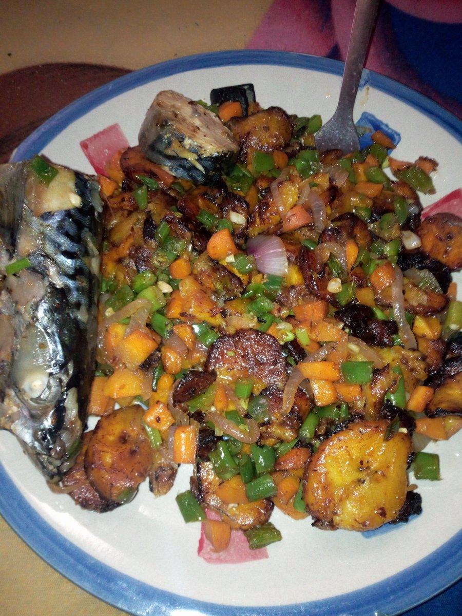 I love making beautiful,nice n equally tasteful food #Foodie pic.twitter.com/JBCFiRYewg