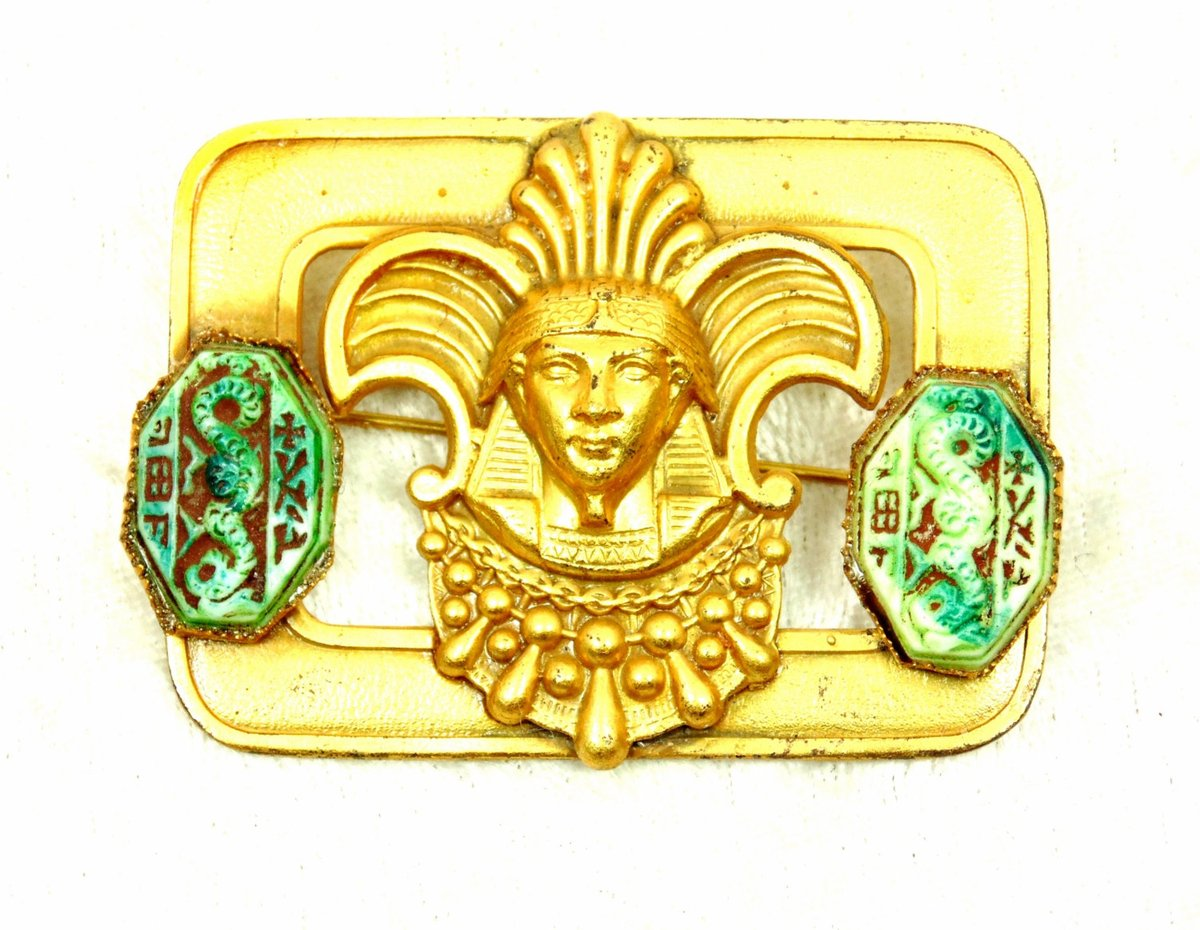 King Tut Death Mask Brooch, Turquoise Colored Hieroglyphic Like Marks, Egyptian Style, Gold Tone Sash Pin, Neiger brothers style https://etsy.me/2u1THjX #pottiteam #vintage #jewelry #EgyptianJewelry pic.twitter.com/QSORRLrdw8