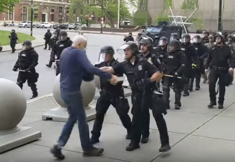 Police officers charged after footage shows 75-year-old man being pushed to ground at protest itv.com/news/2020-06-0…