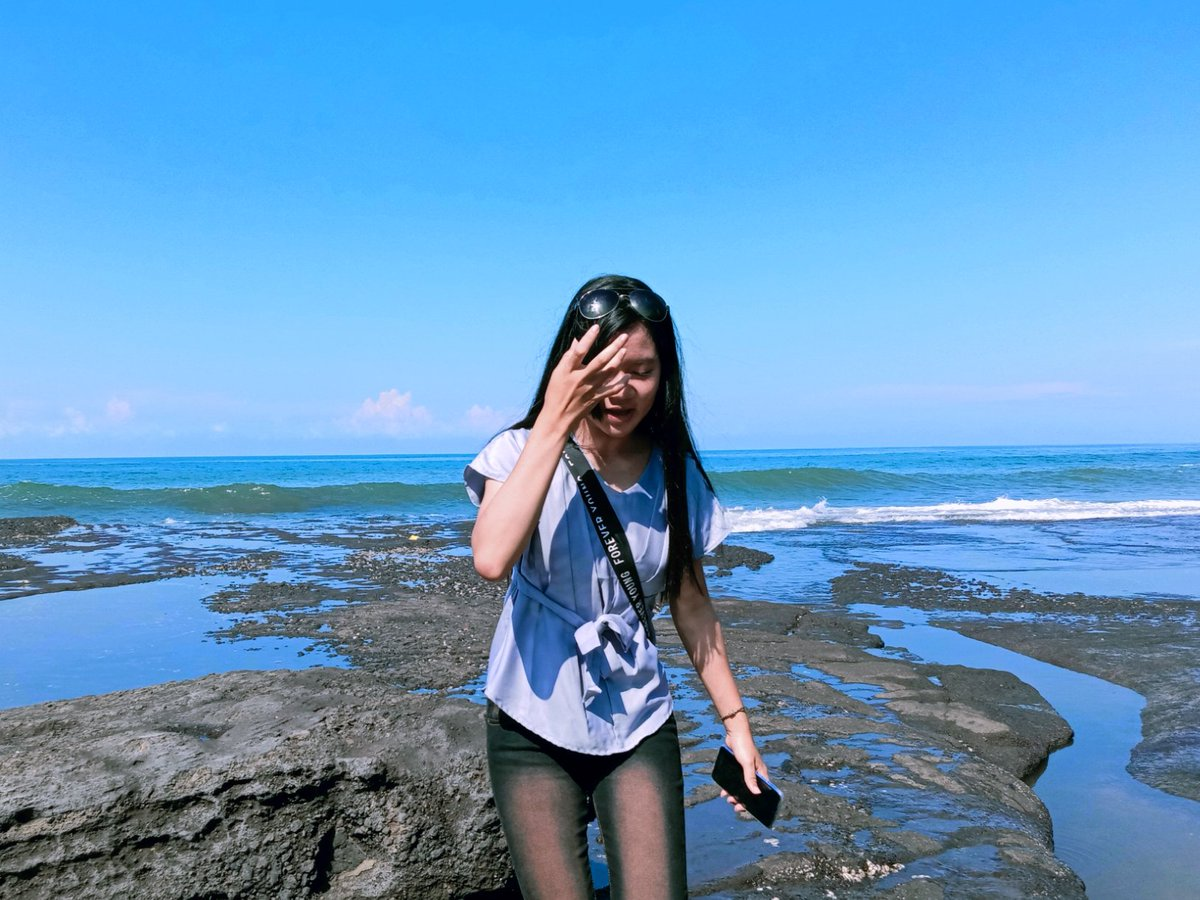 #Bali #baliindonesia #peace #balilife #happy #fashion #beach #explorebali #beautiful #beachday #fun #beautifulgirls #beautifulgirl #likeforlike #followforfollow #follow #followme #love #cute #smilepic.twitter.com/reK7atT8SK
