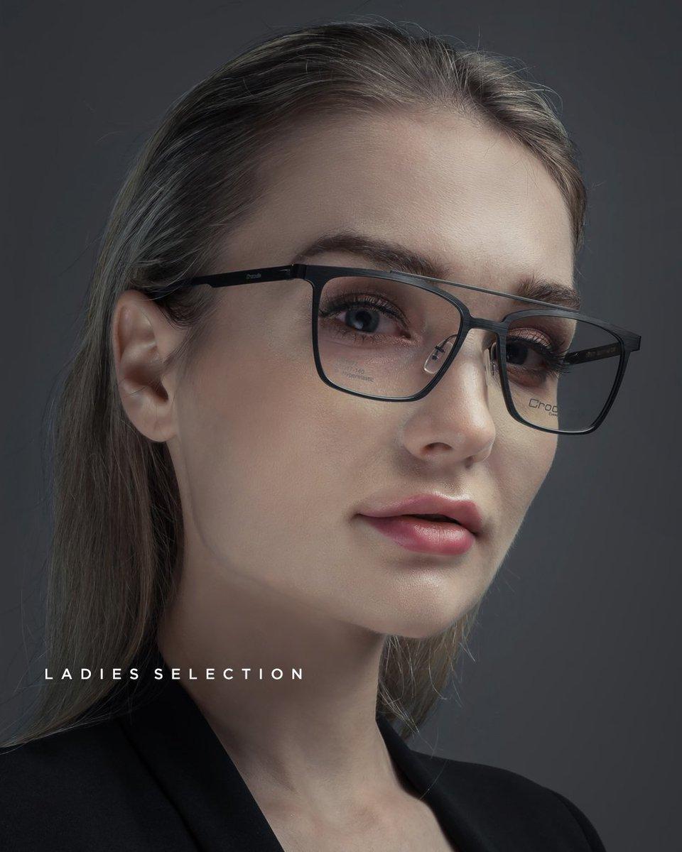 Post balik gambar-gambar dalam archive. Kali ni product shot. Bekerja ikut moodboard.  Shoot for Crocodile Eyewear.  #nikon #productphotography #crocodile #look #eye #sunglasses #eyewear #elegant  #lips #eyeglasses #fashion #style #stylish #Ampang #KL #Malaysia https://t.co/Pnoj3cmEAu