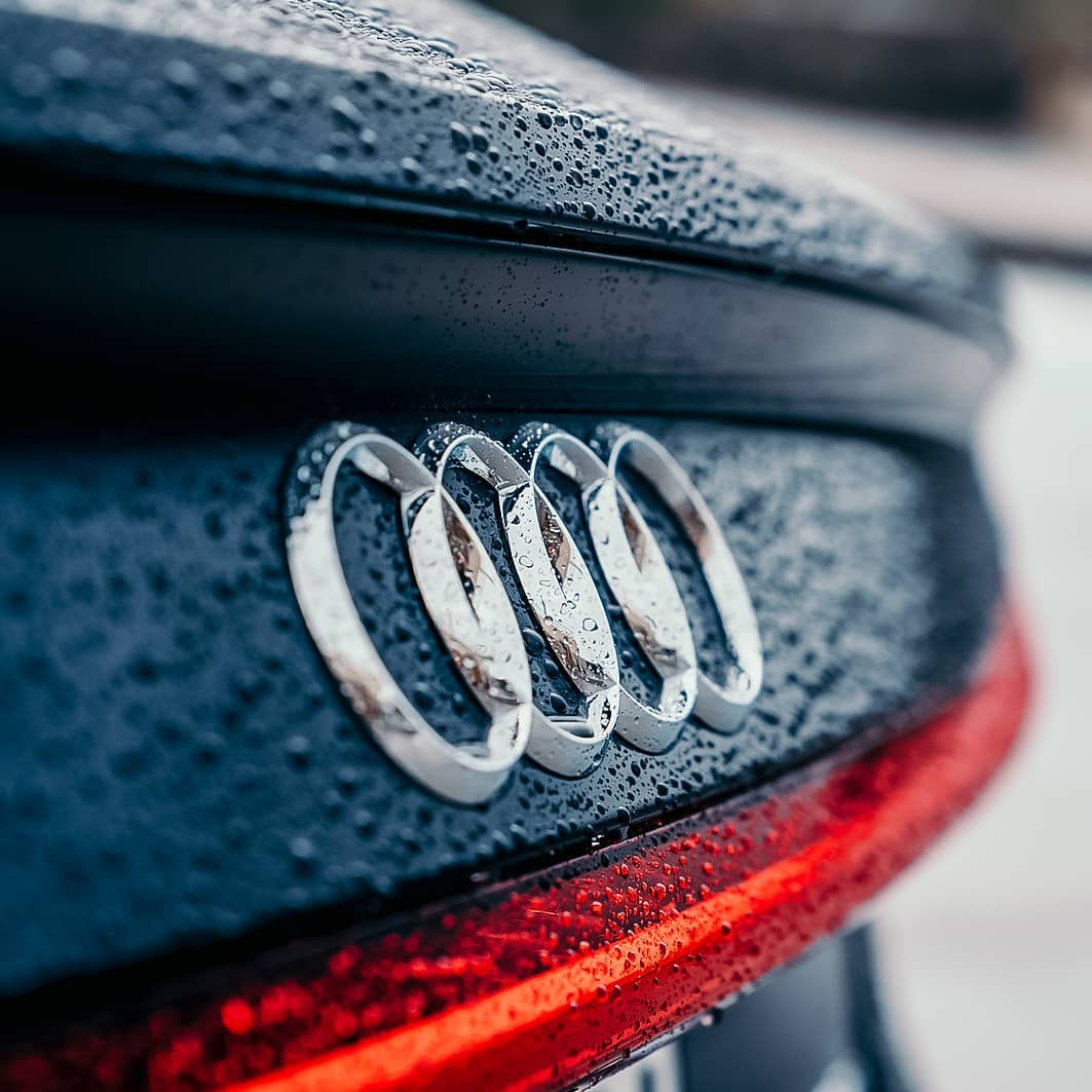 Could this very particular design cue be enough to give it away? Tell us which Audi model do you see?
