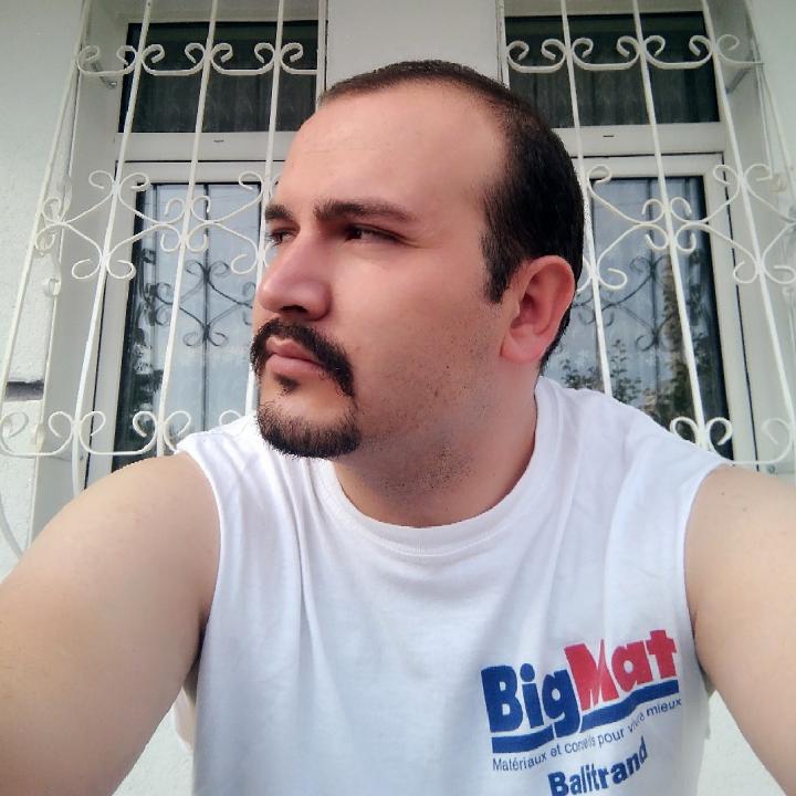Come hangout with me > kafama göre on #BIGOLIVE https://t.co/vDH2xDpzoM https://t.co/jGQTMdL5c1
