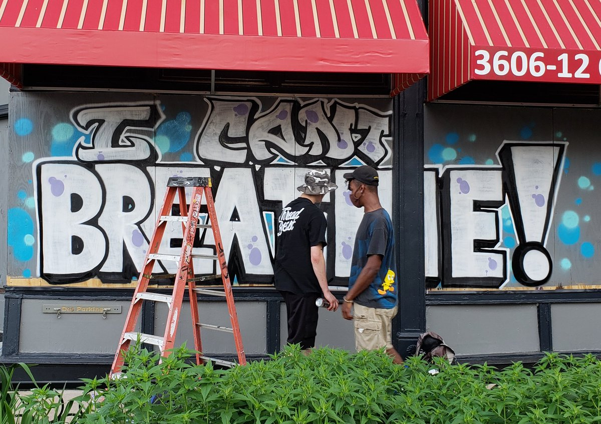 Some fresh #StreetArt on the boarded up businesses along South Grand in St. Louis pic.twitter.com/8kH61SKTcA