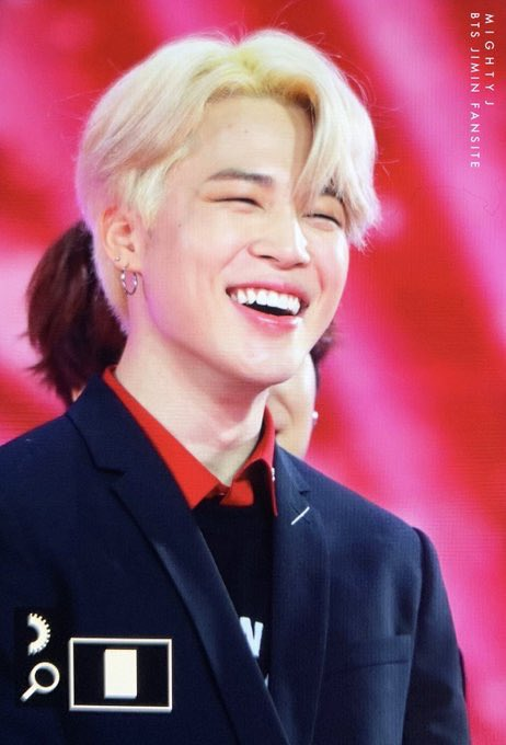 #JIMIN: in charge of: <being the> happy virus  pic.twitter.com/laB4xC3sut