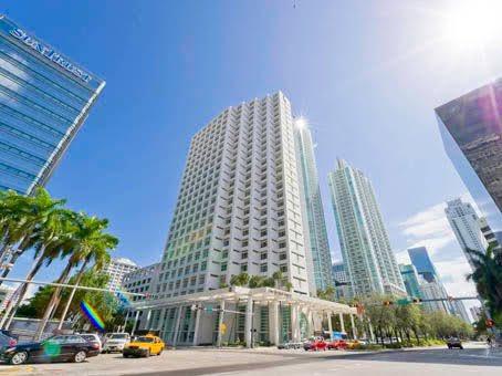 Nueva Ubicacion / New Location  Miami - Brickell pic.twitter.com/W89iq0mDM4