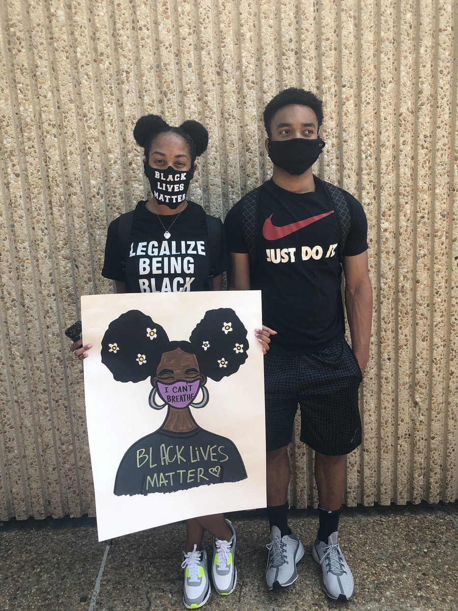 Another peaceful day of protesting. Proud dad. https://t.co/rhO9KhXhoW