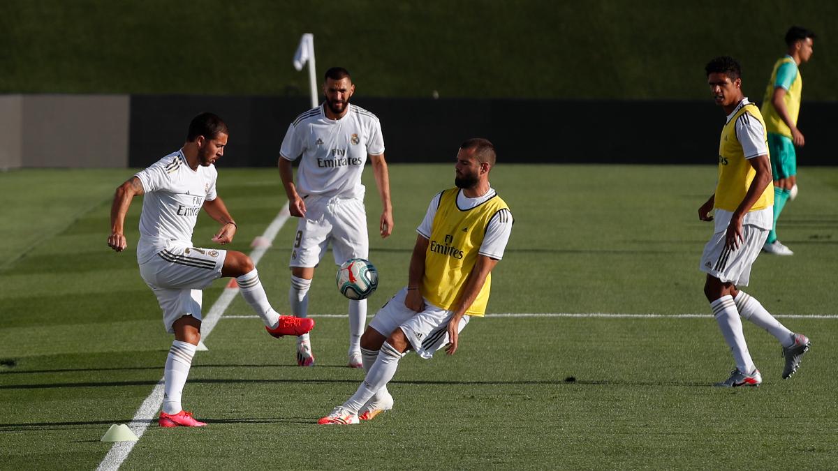 😍 ¡Hoy toca entrenar con la equipación de partido! #HalaMadrid | #RMCity https://t.co/ULsxPR4Sl1