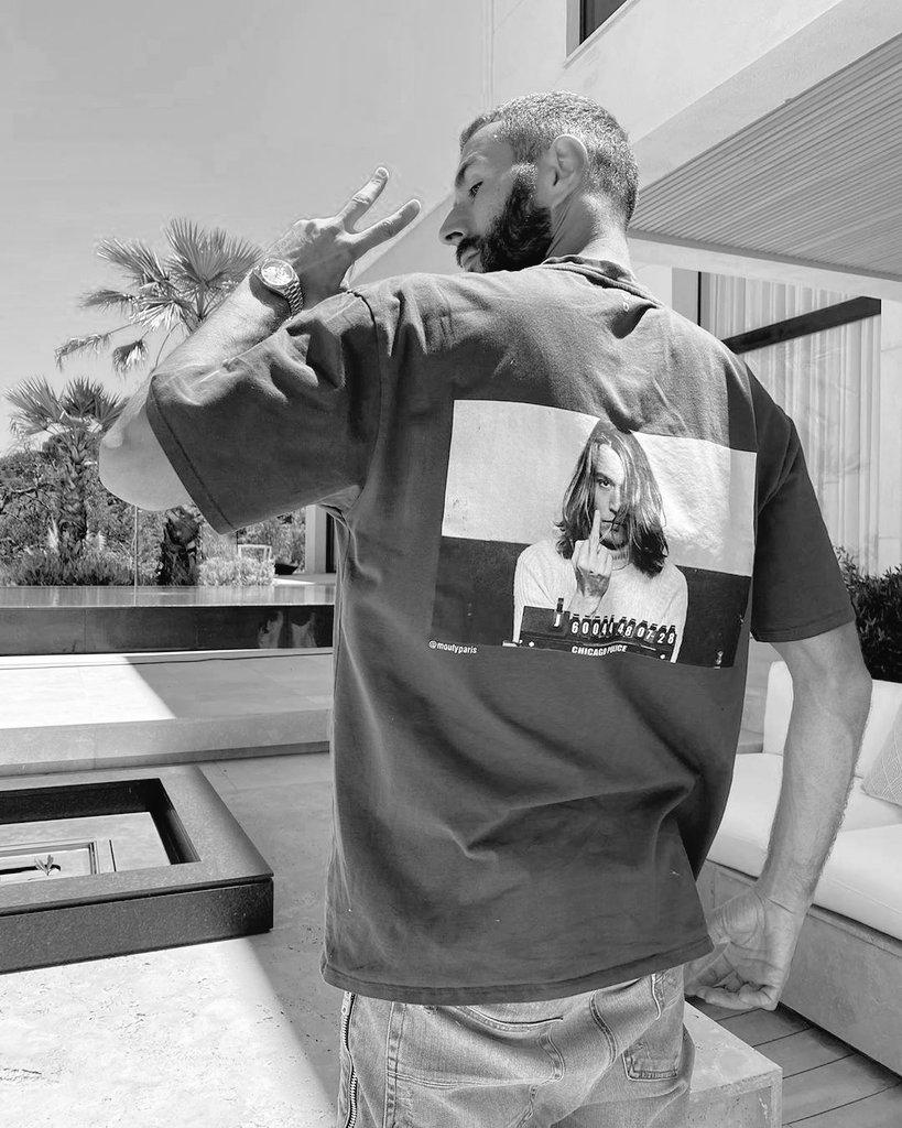 @Benzema @realmadrid Siempre con vos @Benzema  eres único 🙌🙏 NWAR MOOD💯💯 #KB9 #KBNUEVE #NUEVE  #HalaMadrid  8 días ...tic tac... https://t.co/tMvTgNemOK