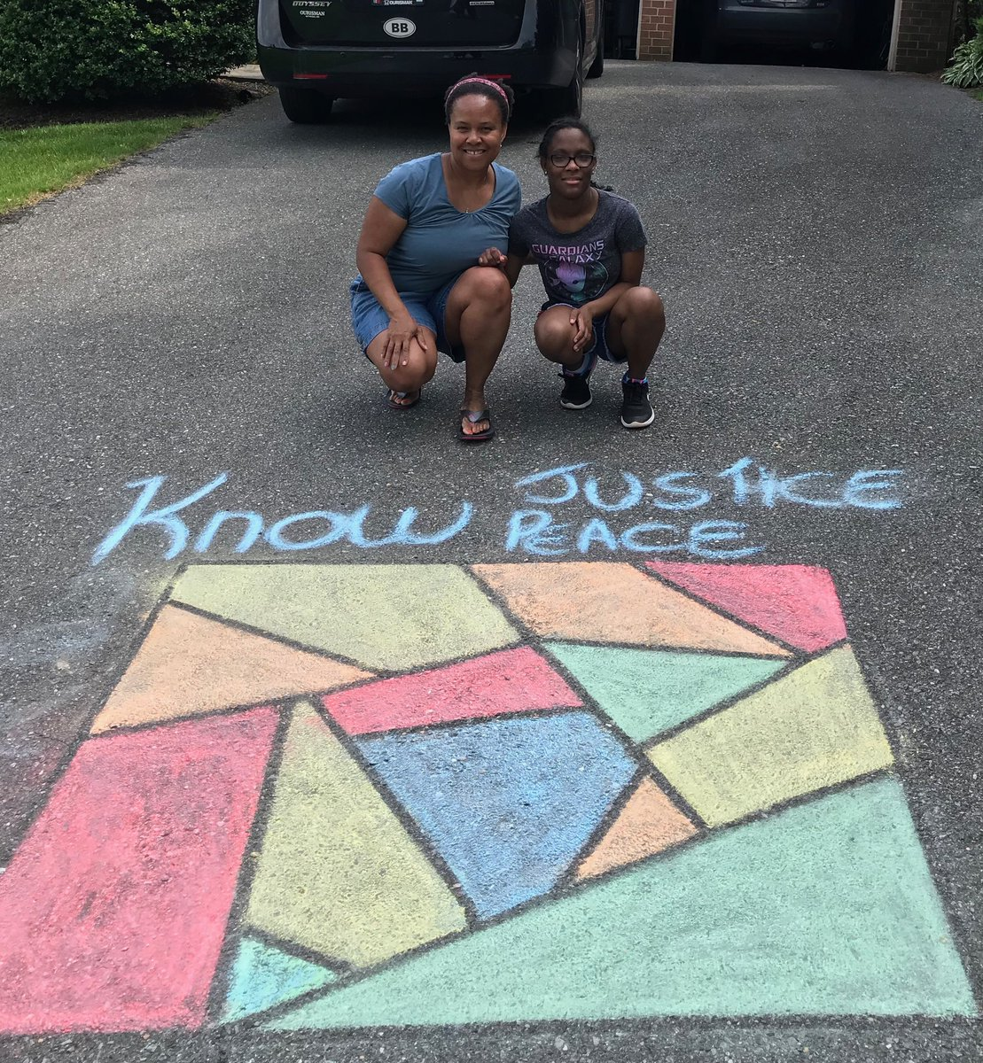 My sister and niece in Maryland preparing their driveway for the solidarity march. BLM✊🏾 https://t.co/W5kSbcGIl5