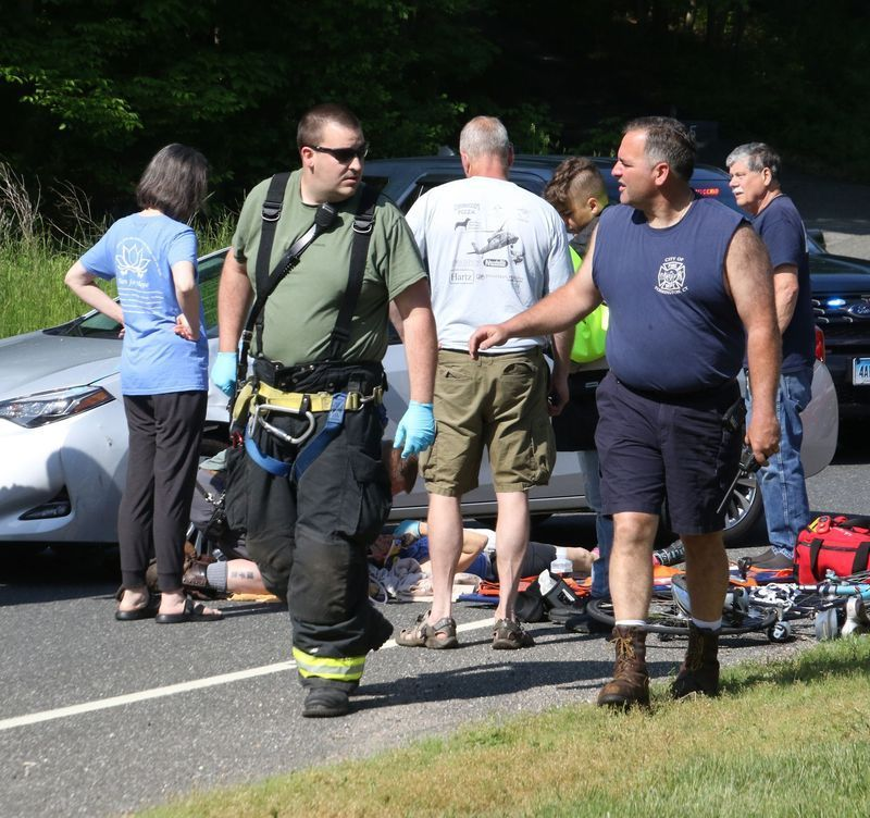 Morris first selectman's wife injured after bicycle collides with car: MORRIS — The wife of First Selectman Thomas Weik was injured Saturday when the bicycle she was riding collided with a car at the intersection of Route 109 and Route 209. Lisa Weik,… http://dlvr.it/RY7F9Kpic.twitter.com/bwje4Jq9Ug