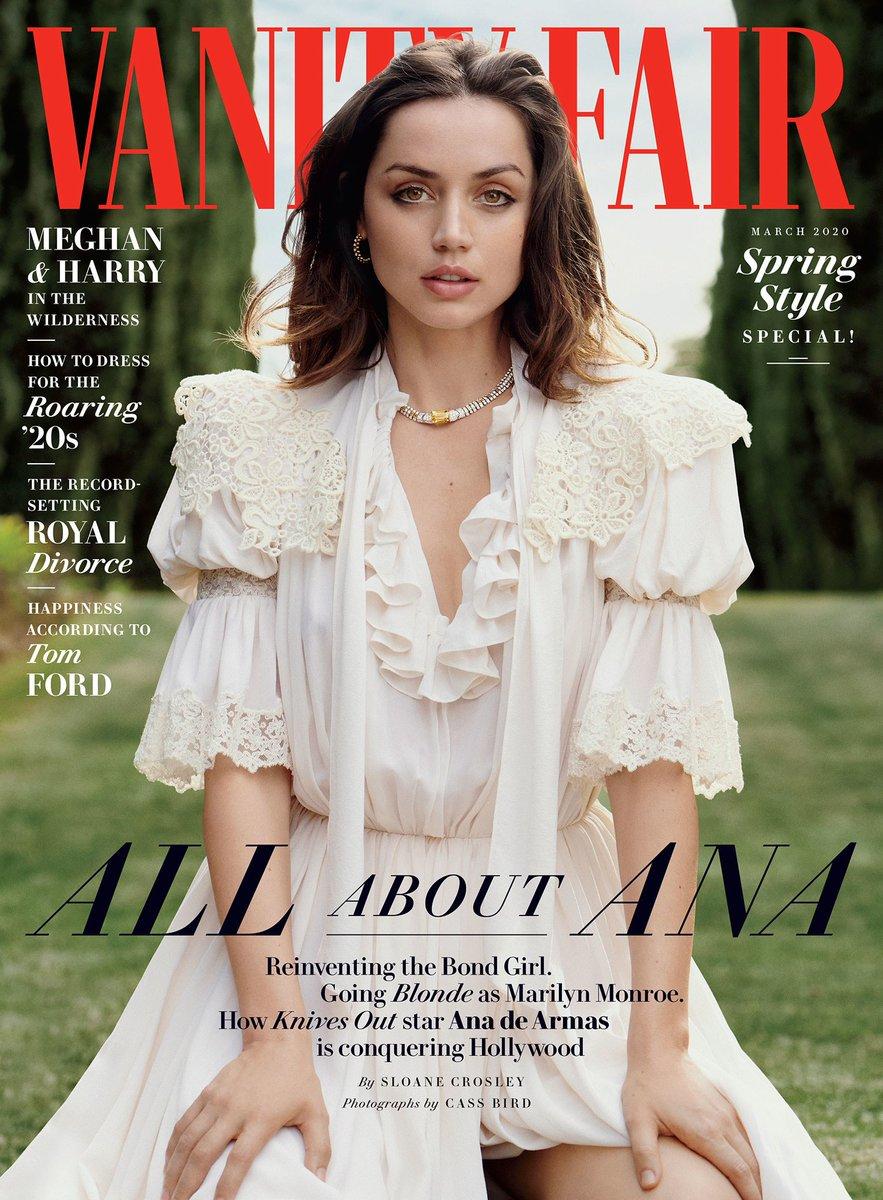 RT for Ana de Armas LIKE for Scarlett Johansson