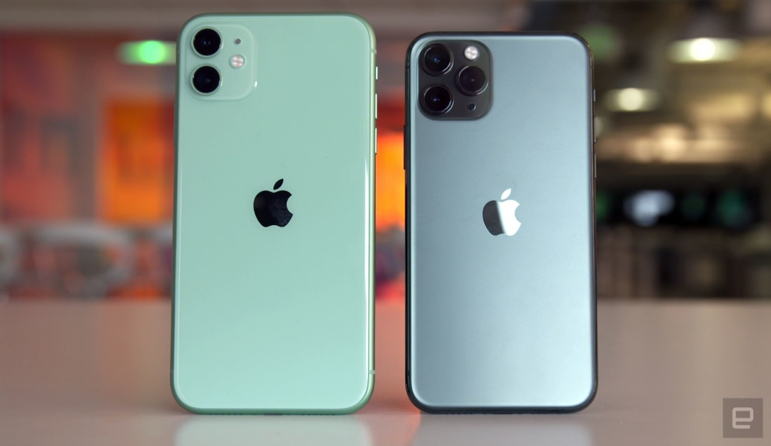 Some iPhone 11 models display a green tint after unlocking