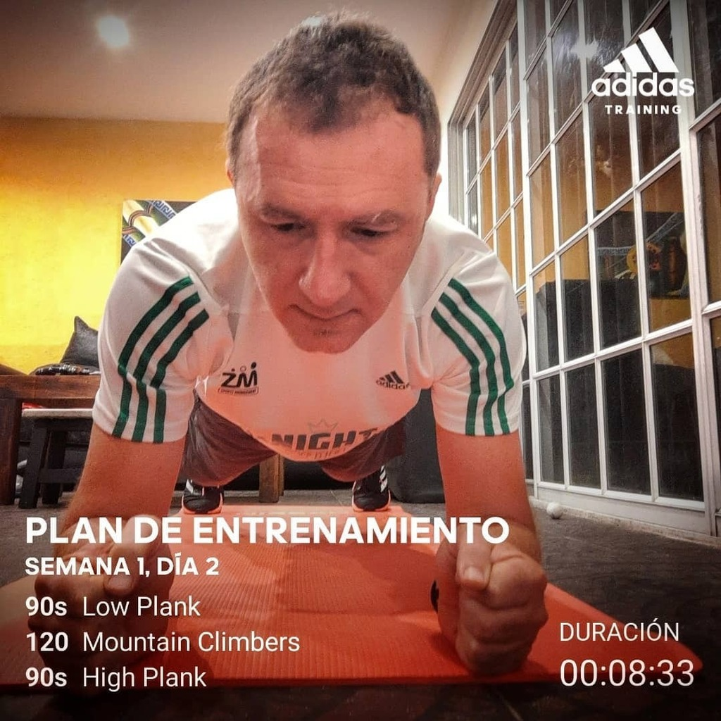 SEGUIMOS  . . . . . . . . . . . . . #corredornómada #hometeam #maratonista #correconmigo #soyungwr #instarunners #yoelegicorrer #running  #maratonistas #adidasrunners  #adidasrunnersbsas  #runnerscommunity  #recoderunning https://instagr.am/p/CBHPvy5BzIw/pic.twitter.com/5sQcHodB3a