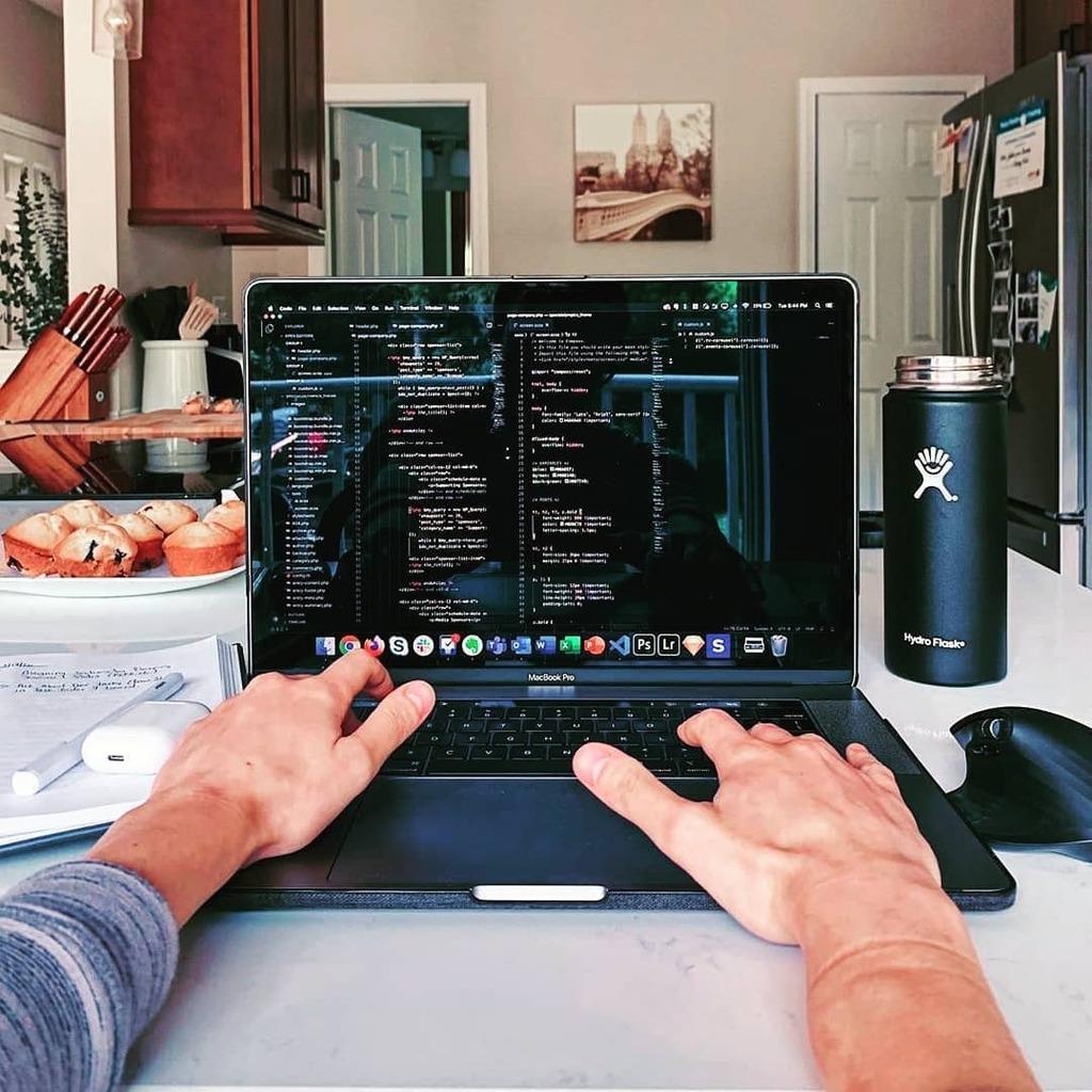 @caracodes • • •  #iosdeveloper #iosdesign #icetechy #iosdevelopment #developerlife #appdeveloper #developerslife #fullstackdeveloper #indiedeveloper #codinglife #codingpics #coderlife #coders #coderpower #programmerlife #programmerslife #programmerslife #programmers #…pic.twitter.com/SGxDghJsYd