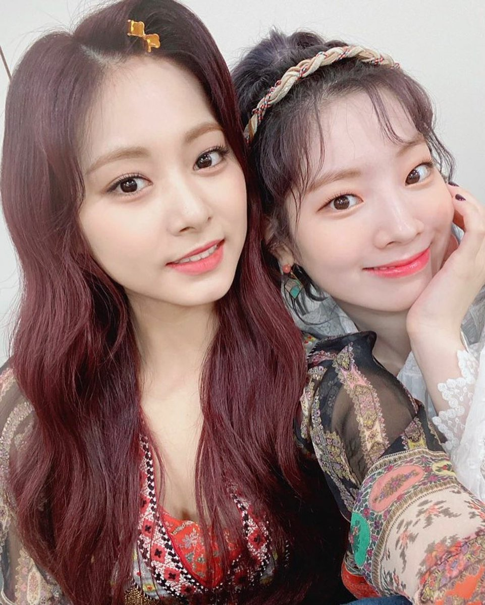 Tzuyus Twicetagram update @JYPETWICE Remember to watch our performance today too!! 🧸❤ #/more&more instagram.com/p/CBHmInejNX4/…