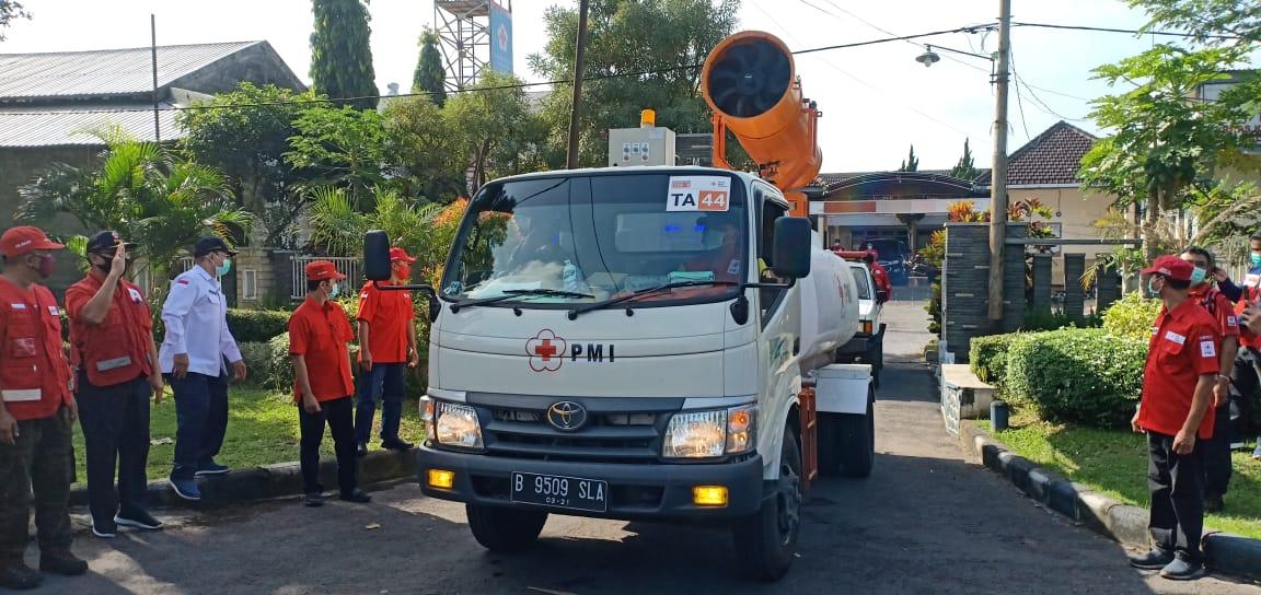 Tiga Bulan, PMI Kabupaten Malang Semprot 6.500 Titik https://t.co/XrQFlyr7u1 https://t.co/sYxFpgR7fv