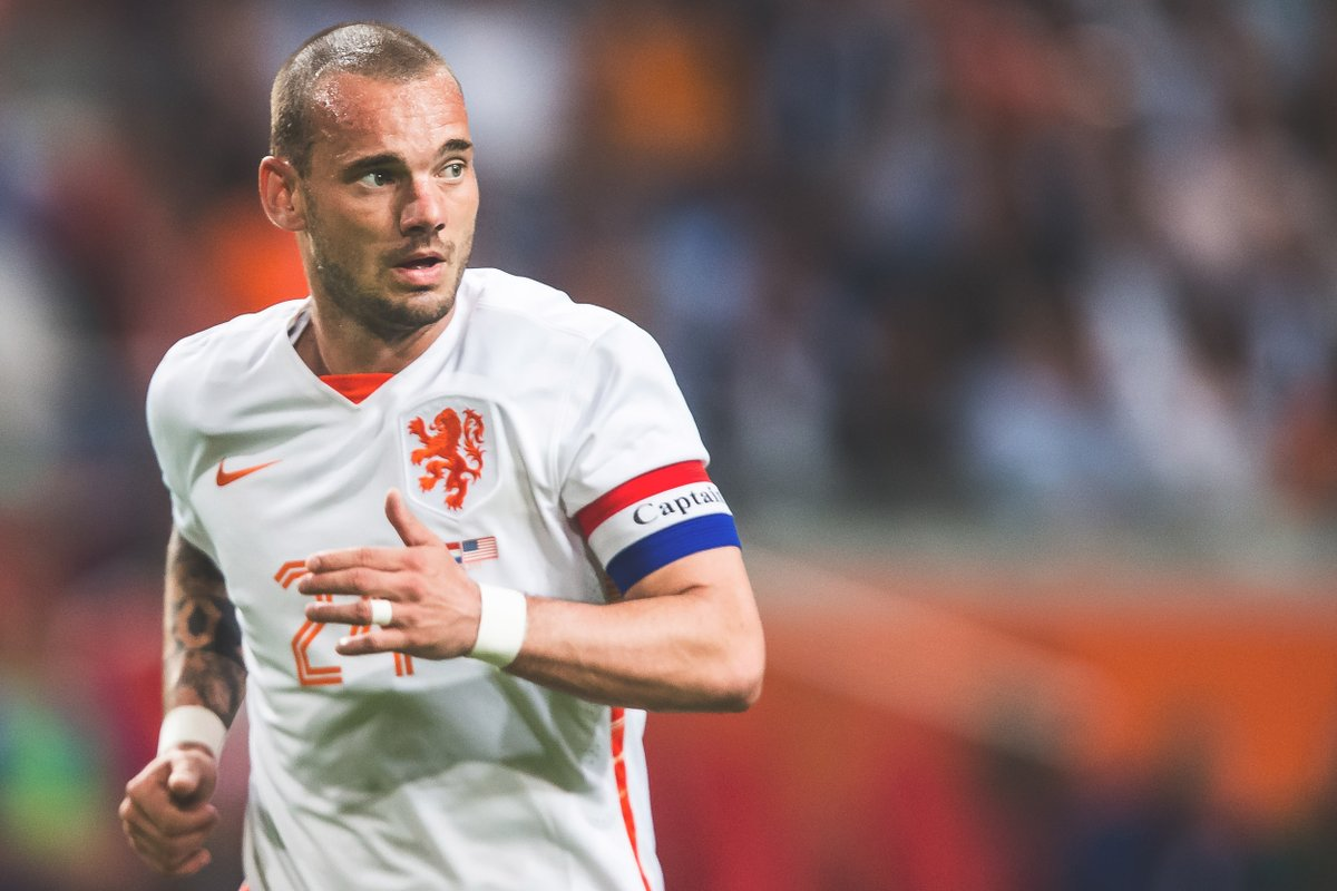 Wesley Sneijder: I could have become like Messi or Ronaldo. I simply didnt feel like it.""