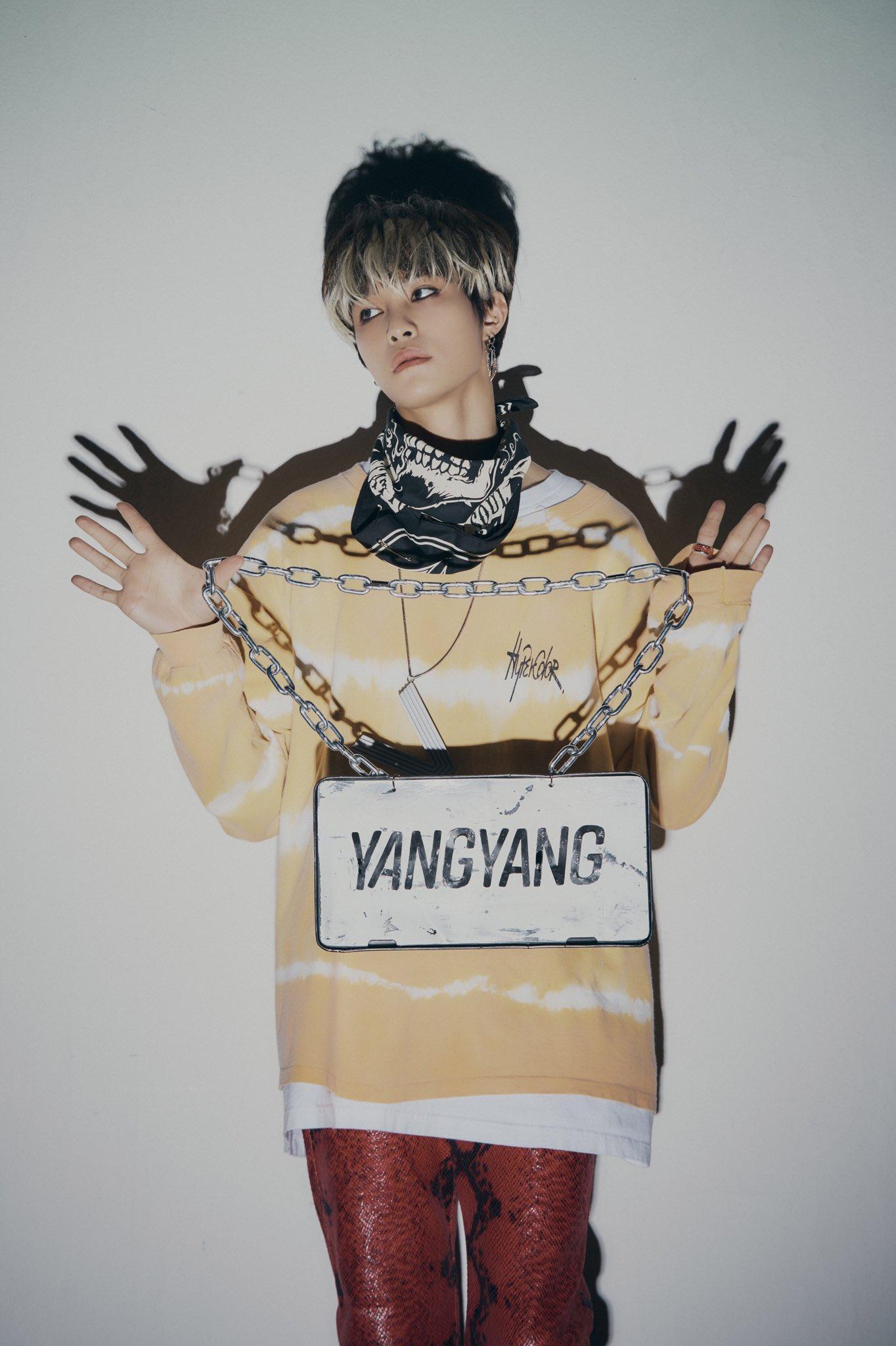 Fy Nct Wayv Awaken The World The 1st Album Yangyang