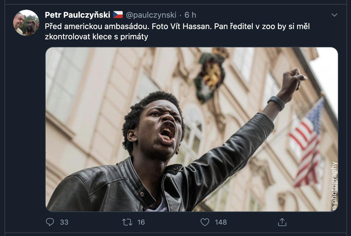 """Michal Bláha on Twitter: """"Petr Paulczyňski (zakládající člen ODS, odešel z  ODS v 2014, působil jako radní a zastupitel magistrátu města Brna) je  PRIMITIV A RASISTA. 🤮… https://t.co/FpLocCie30"""""""