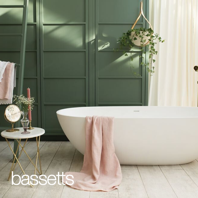 Check out our mix, panelling, Waters freestanding bath, moody green tones and a dusting of pink, we own it.  Design and functionality live at Bassetts. https://t.co/Zhm11EGkAl