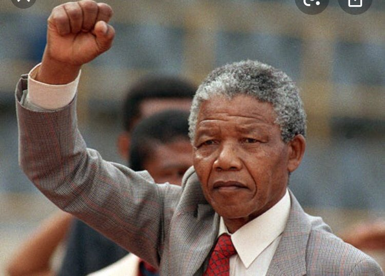 During the Apartheid era in South Africa the non democratic government treated protesters like criminals. The world must remember and practice the model of peace approach like Nelson Mandela using non-violence. #BlackLivesMatters #NelsonMandela #peace #NoRacism https://t.co/hMm3513eQf