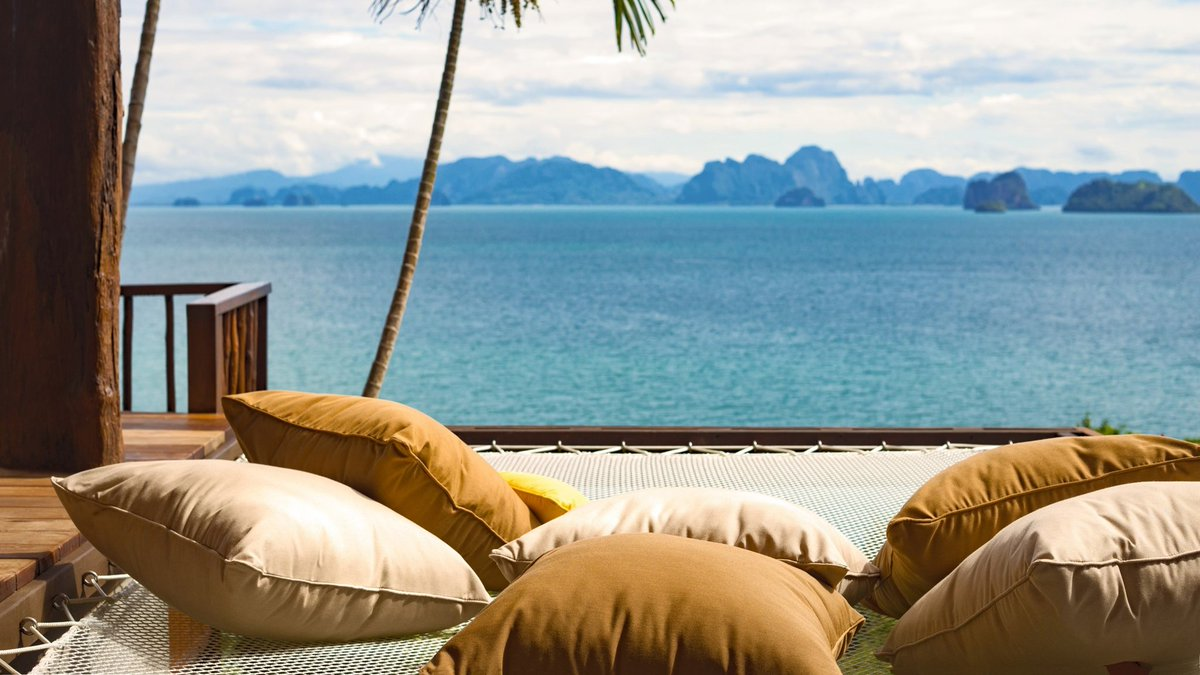 Join Graham Grant, GM @SSYaoNoi #Thailand, live from the Land of Smiles Take Two Tuesday, June 9 at 10:00 am London / 1:00 pm Dubai / 4:00 pm Thailand time on https://t.co/C6QfL9UVF6 #AtHomeWithSixSenses https://t.co/VHG4P0H85c