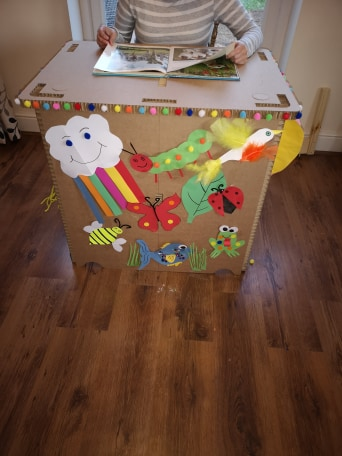 How amazing is this decorated desk!?  We donated desks and boards to @mencap_charity to help carry on their arts and crafts activities during lock down  Any more fantastic examples of a customised desk?     #crafting #charity #donationpic.twitter.com/7dQWJtSJrC