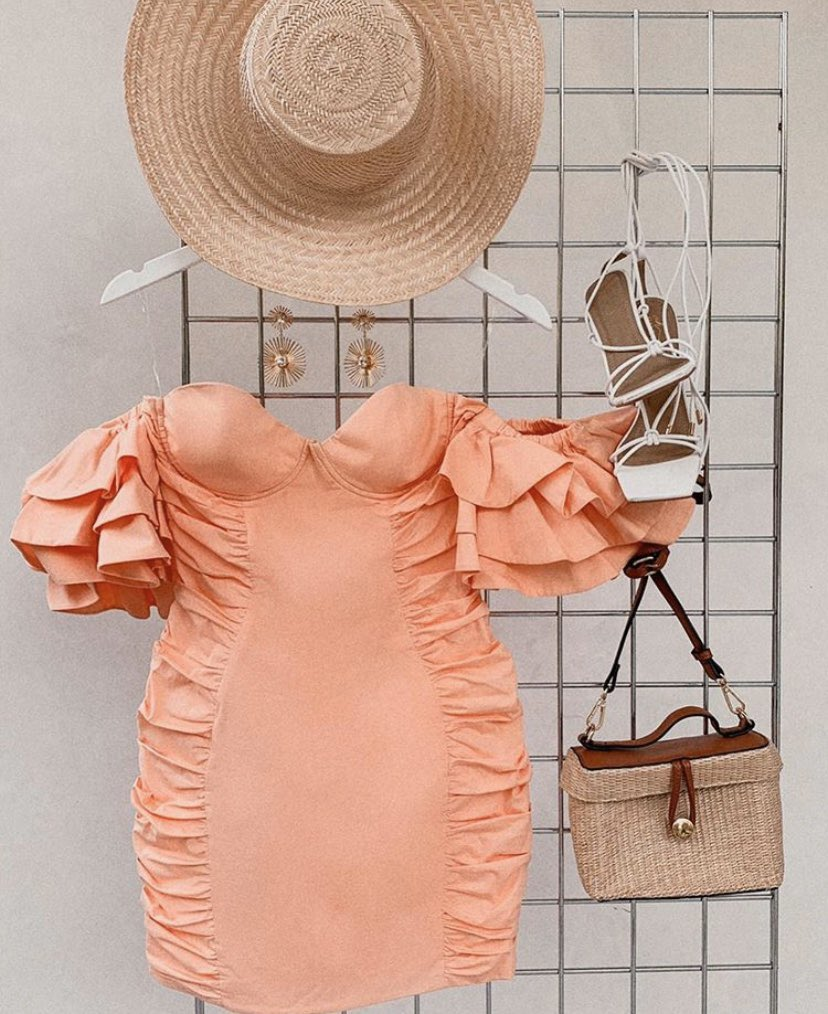 Happy hump day angels ✨  Wanna win a dress of your choice from our site? 🌸 For a chance to win:   -Like this post -Make sure you're following us -Retweet for an extra entry  We'll pick 2 winners on Friday (29/05/20) 💖 https://t.co/aPL49F6hzs