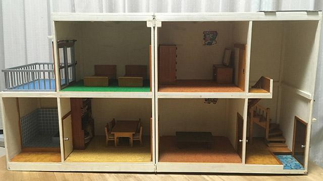 お祖父さんが手作りしたドールハウスが泣けるほど昭和の住宅でした。 細かい所の作り込みがすごいです。 #DPZ