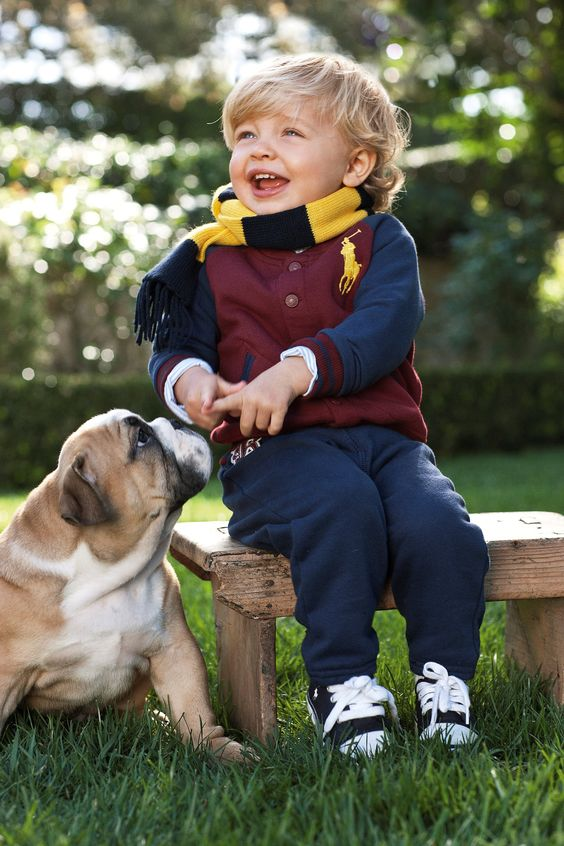 Hey #kiddo, what you laughin' at ... puppy world pic.twitter.com/fk02FATC68