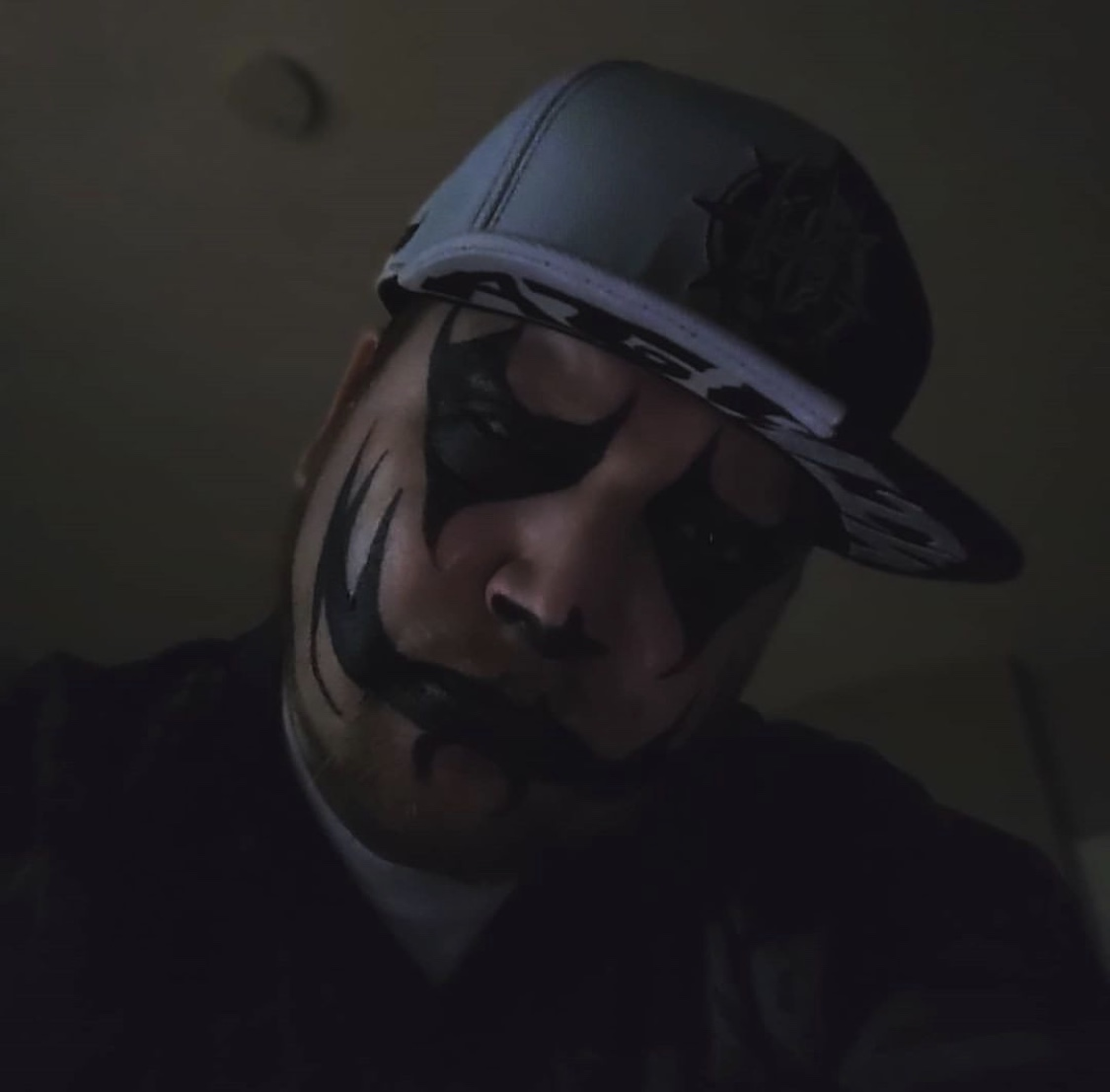 Who's ready for some new music from Boondox The Scarecrow ? I know we are!!! #MajikNinjaAustralia #Boondox #Underground #TheScarecrowpic.twitter.com/KK28Agh0ka