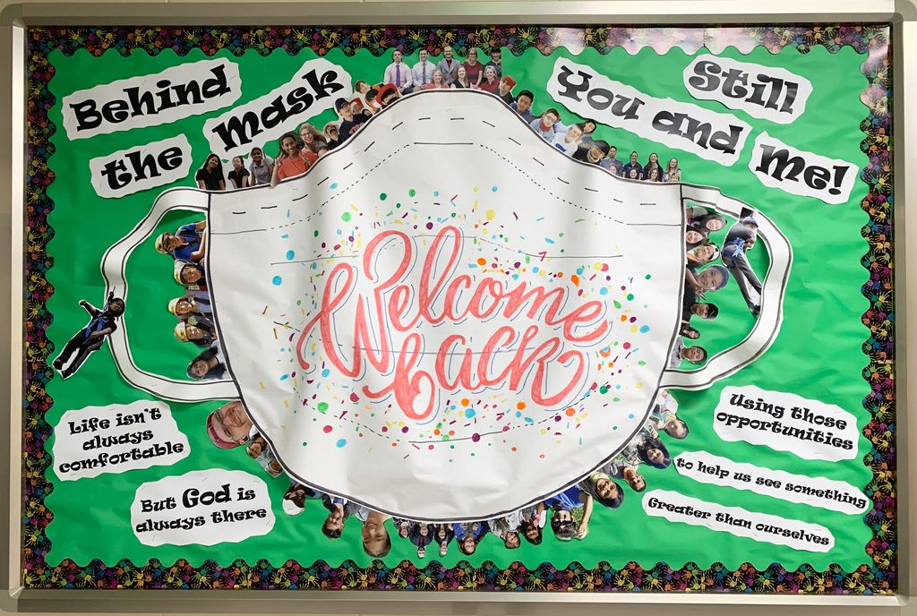 Yiss Guardians On Twitter Welcome Back Ms Students Check Out The Giant Mask Surrounded By Photos Of Students And Staff On The Bulletin Board In The Hallway Welcomeback Yissms Backtoschool Covid19 Https T Co Pl7pjcg5y9
