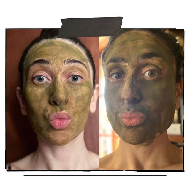 Mask it and Pout it like the Kapoor sisters  . . . #karishmakapoor #kareenakapoor #kapoors #karishmakapoorfans #kareenakapoorfans #facemask #facecare #dailycare #facemaskdate #siblings #beauty #skincare #bollywoodcelebs #celebrity #madam360 #skincareroutinepic.twitter.com/XNGMp9fKRD
