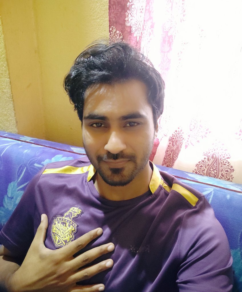 The day my KKR won d their 1st IPL title... My heart just went out. Its been 8 years & still it tickles.  #KorboLorboJeetbo #IPL2020<br>http://pic.twitter.com/U9agr4lgnp