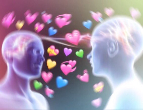 me when i finally found a mutual i can have endless conversations with about absolutely anything